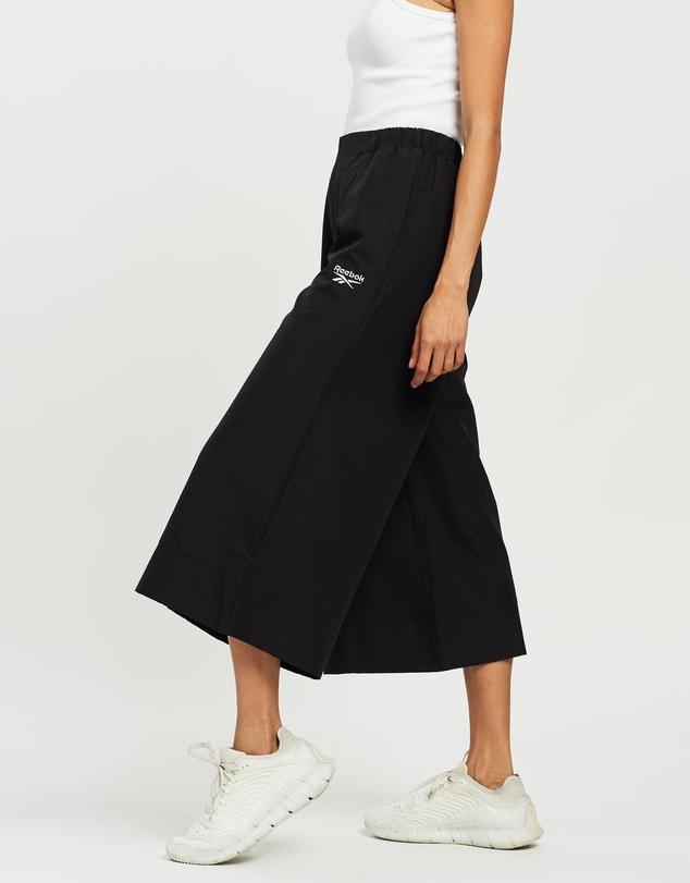 Women Classics Cropped Wide Pants