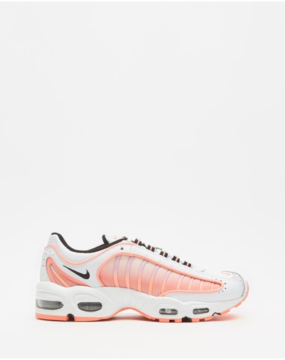 Nike - Air Max Tailwind IV - Women's
