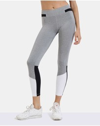 First Base - Replay 7/8 Seamless Panelled Legging