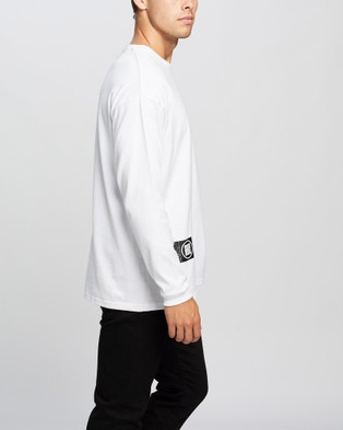 Onitsuka Tiger Long Sleeved Graphic Tee   Unisex - T-Shirts & Singlets (Real White)