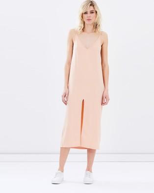 Staple the Label – Sophia Dress – Dresses (Peach)
