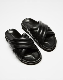 AERE - Crossover Leather Footbed Slides