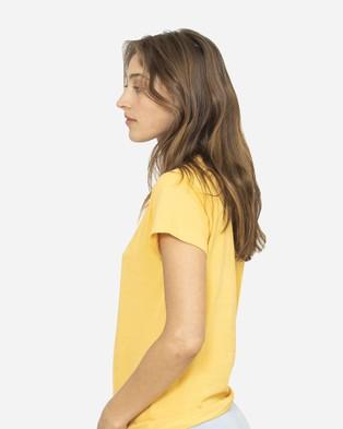 NICO Plant Dyed Organic Cotton Tee - T-Shirts & Singlets (Marigold)