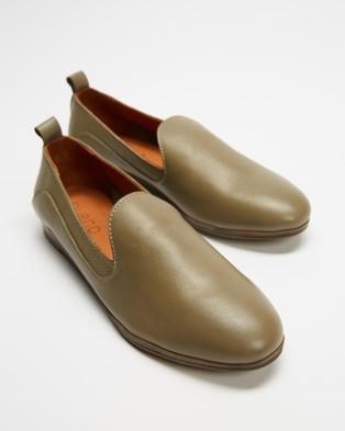 Bueno - Hannah Ballet Flats (Olive)