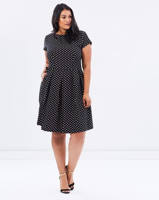 Closet Curves – Polka Cap Sleeve Flare Dress – Dresses (Black & Nude Polka Dots)