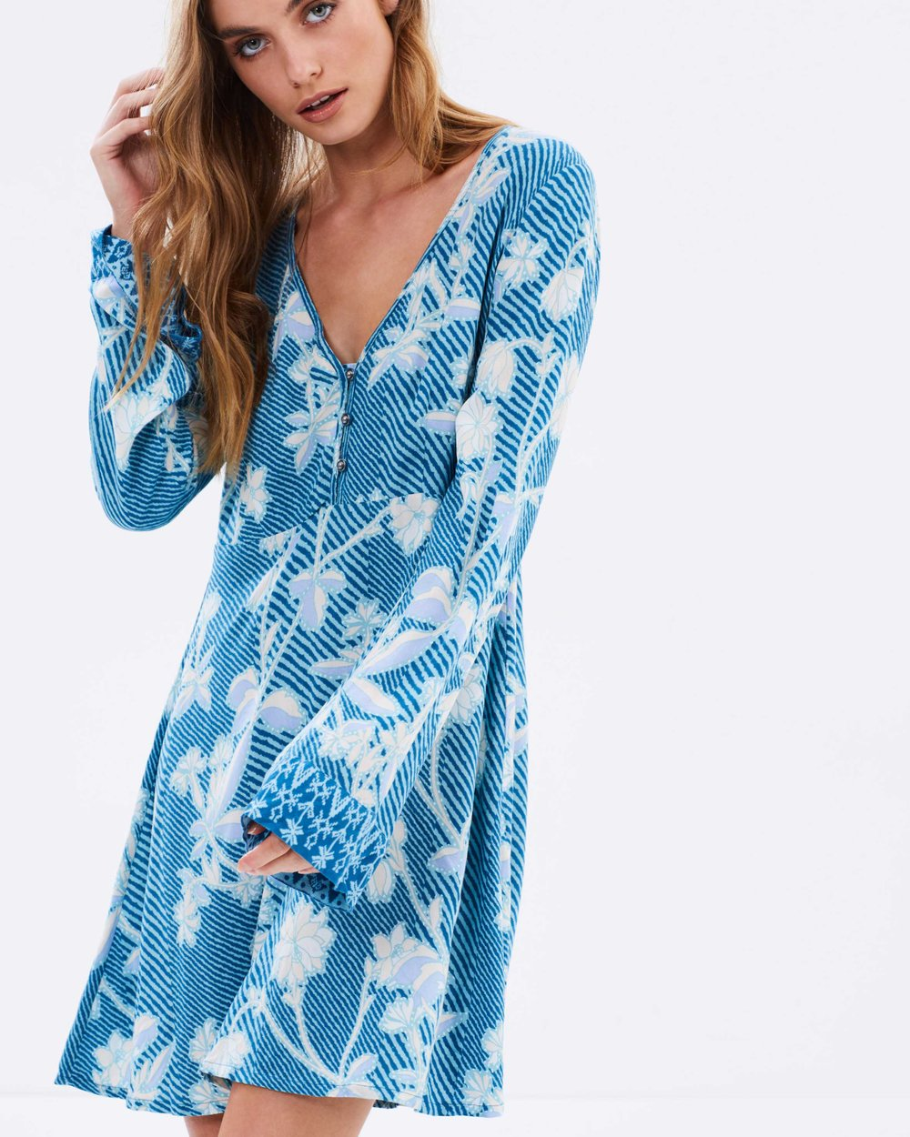46c847ebb26 Sonisay Dress By Tigerlily Online The Iconic Australia