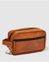 LOST - Premium Wash Bag