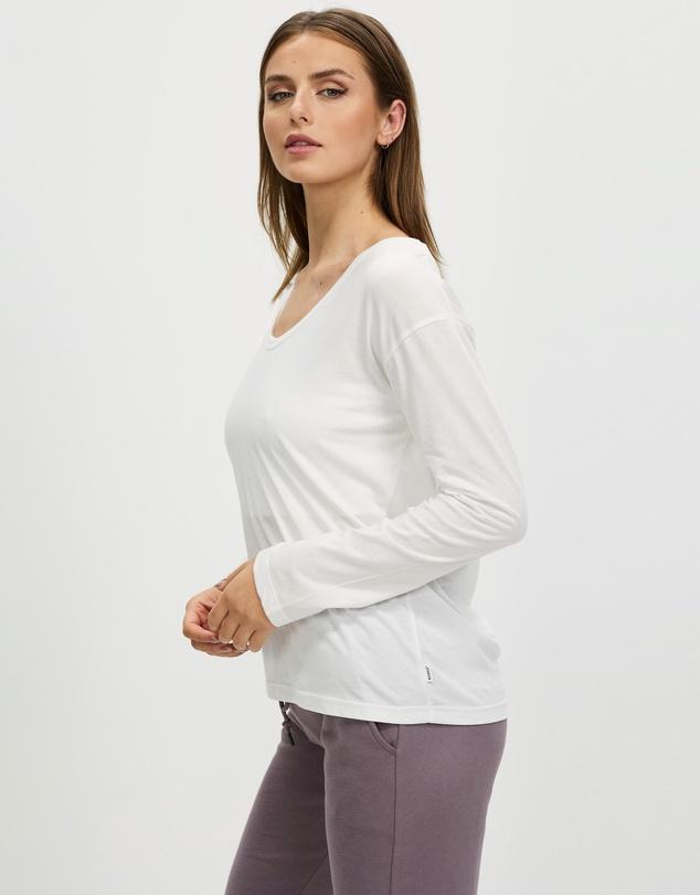 Women Long Sleeve Scoop Tee