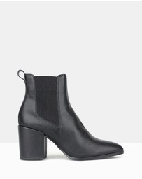 Betts - Coyote Chelsea Boots