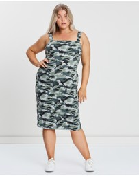 Atmos&Here Curvy - Slay Camo Dress