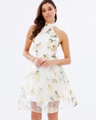 Chi Chi London – Anitah Dress – Dresses (Cream)
