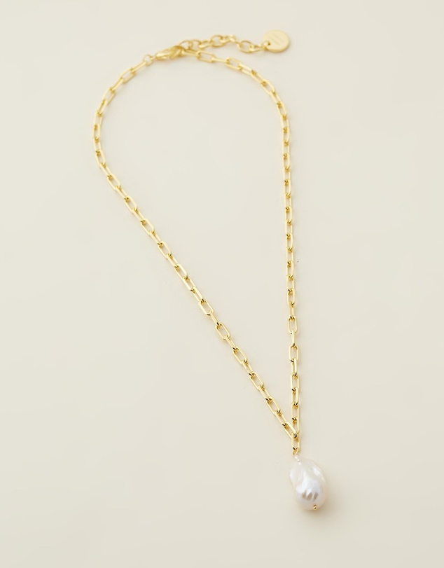 Women Chi Necklace