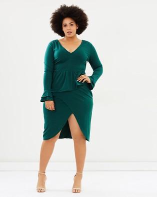 Atmos & Here Curvy – Dominique Peplum Pencil Dress – Dresses Emerald Green