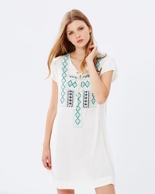 Kaja Clothing – Dana Dress – Dresses (Off White)