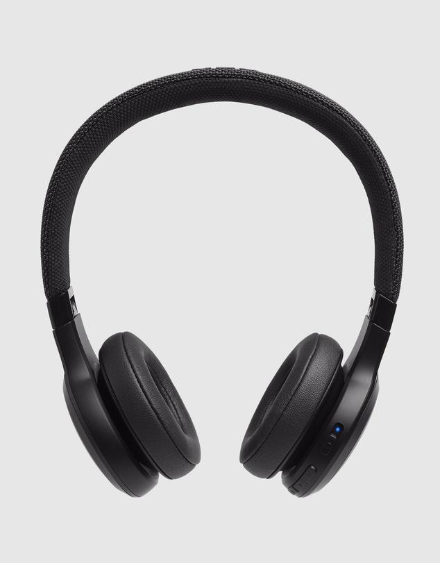 Life JBL LIVE400BT headphones