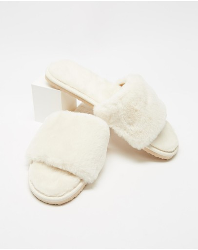 SPURR - Snuggly Slippers
