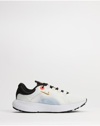 Nike - Escape Run - Women's