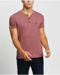 Abercrombie & Fitch - SS Icon Henley T-Shirt