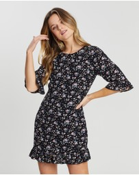 Atmos&Here - Bree Ruffled Floral Dress