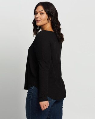 Atmos&Here Curvy - Rozalia Relaxed Oversized Top - T-Shirts & Singlets (Black) Rozalia Relaxed Oversized Top