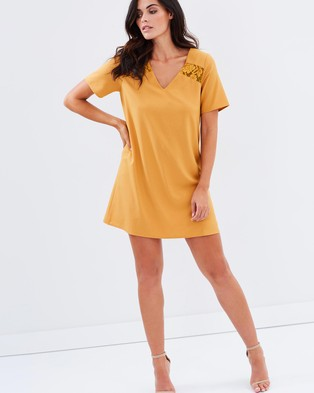 Atmos & Here – Camille Lace Inset Dress – Dresses (Mustard)