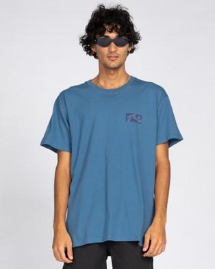 Rusty Hood Rat Short Sleeve Tee - T-Shirts & Singlets (CBE)