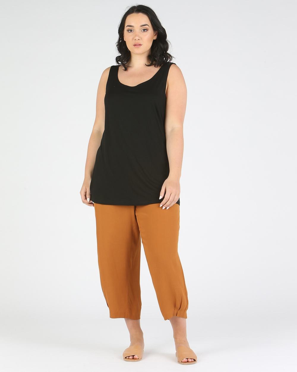 Advocado Plus Classic Cami T-Shirts & Singlets Black