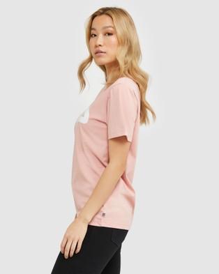 Fila - Classic Tee   Women's - T-Shirts & Singlets (Mellow Rose) Classic Tee - Women's