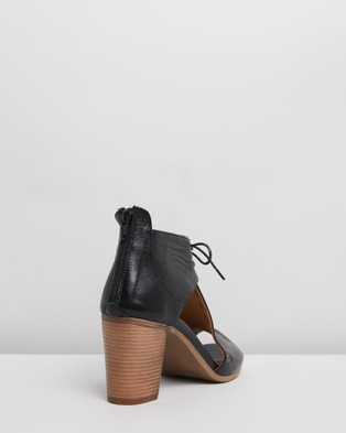 Bueno Erin - Heels (Black)