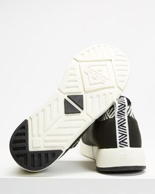 Rens Rebel - Slip-On Sneakers (Rebel Black)