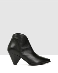 S by Sempre Di - Lane Ankle Boots
