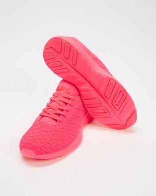 APL - TechLoom Phantom Women's Performance Shoes (Sea Salt & Rose Dust)