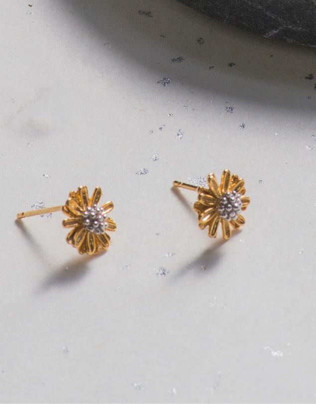 Women Daisy Earrings