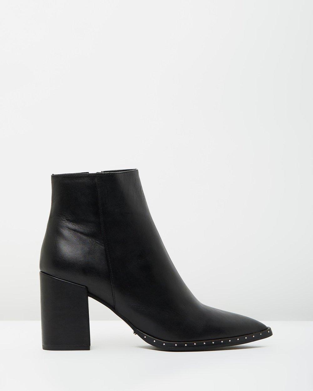 0ec191802 Boots