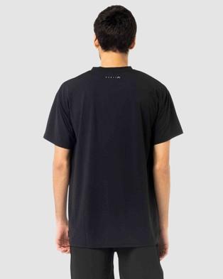 Rusty - Still Surfing Short Sleeve Tee - Short Sleeve T-Shirts (BLK) Still Surfing Short Sleeve Tee