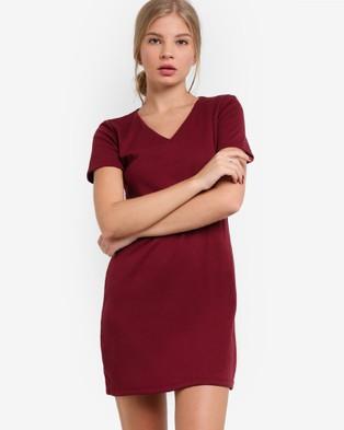 BoyFromBlighty – Fine Piped V Neck Dress – Dresses (Maroon)