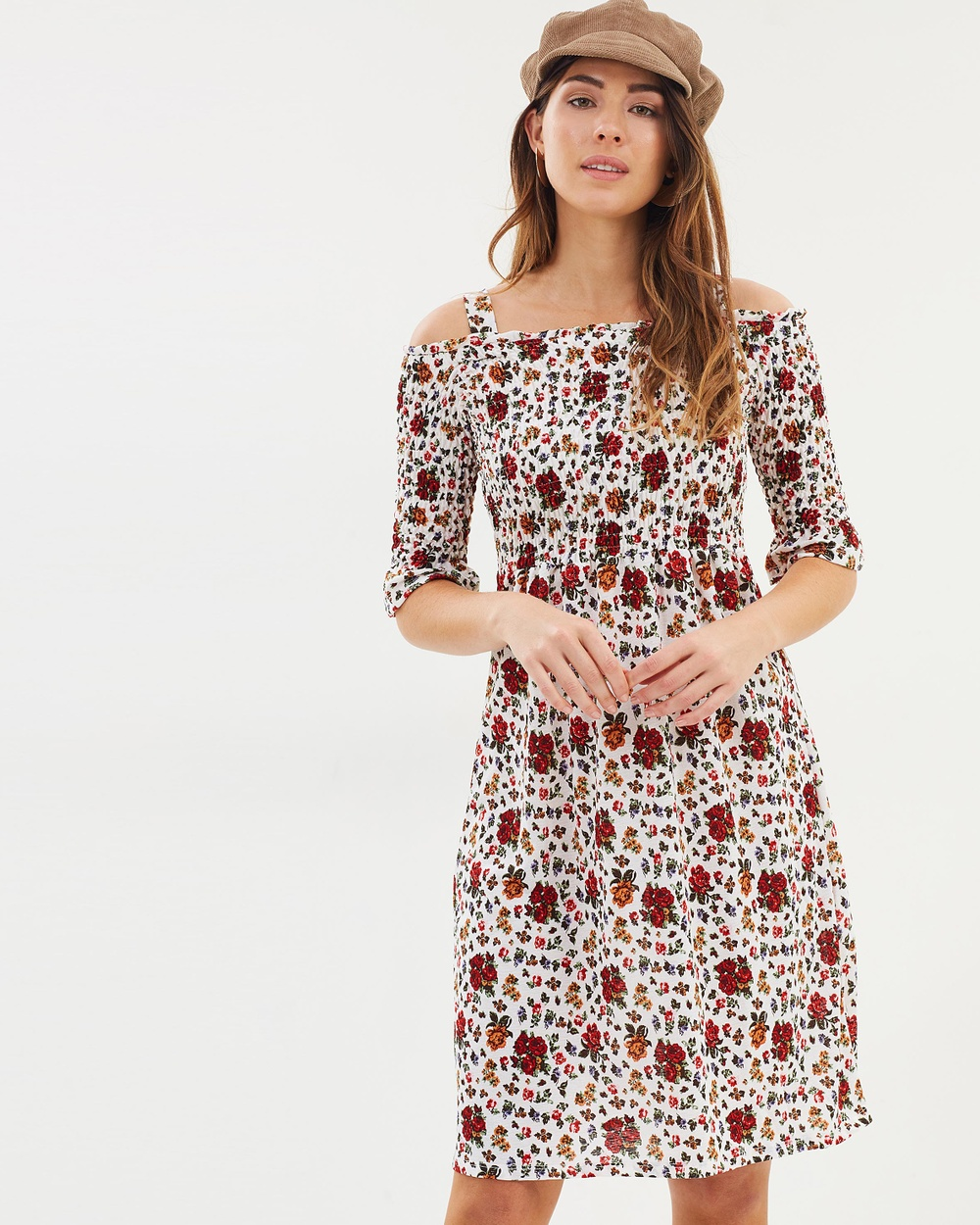 Dorothy Perkins Chiffon Floral Midi Dress Printed Dresses Cream Chiffon Floral Midi Dress