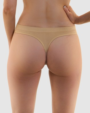B Free Intimate Apparel Thong   No Panty Lines   3 Pack - Thongs & G-Strings (Nude)