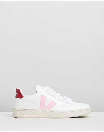 f4aed8b0f53 Sneakers   Buy Women's Sneakers Online Australia- THE ICONIC