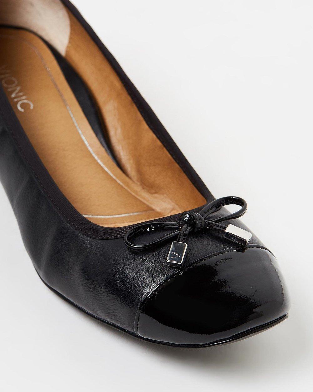 3c64d1f0f153 Daphne Block Heels by Vionic Online