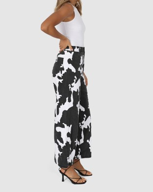 BY.DYLN Remi Jeans - Mom Jeans (Cow)