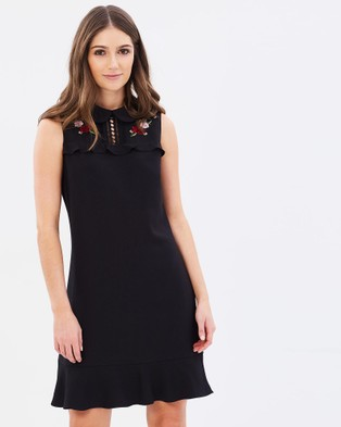Review – Show Finisher Dress – Dresses (Black)