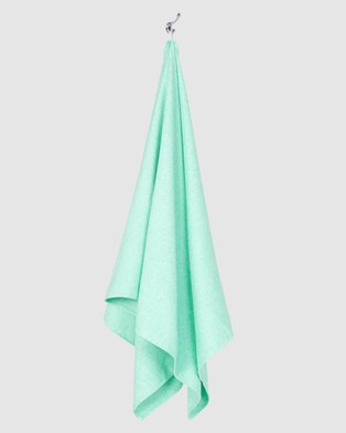 Dock & Bay Extra Large Fitness Towel 100% Recycled Essential Collection - Gym & Yoga (Green)