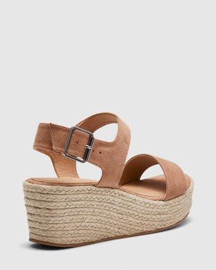 Novo Breezy - Wedges (Brown)