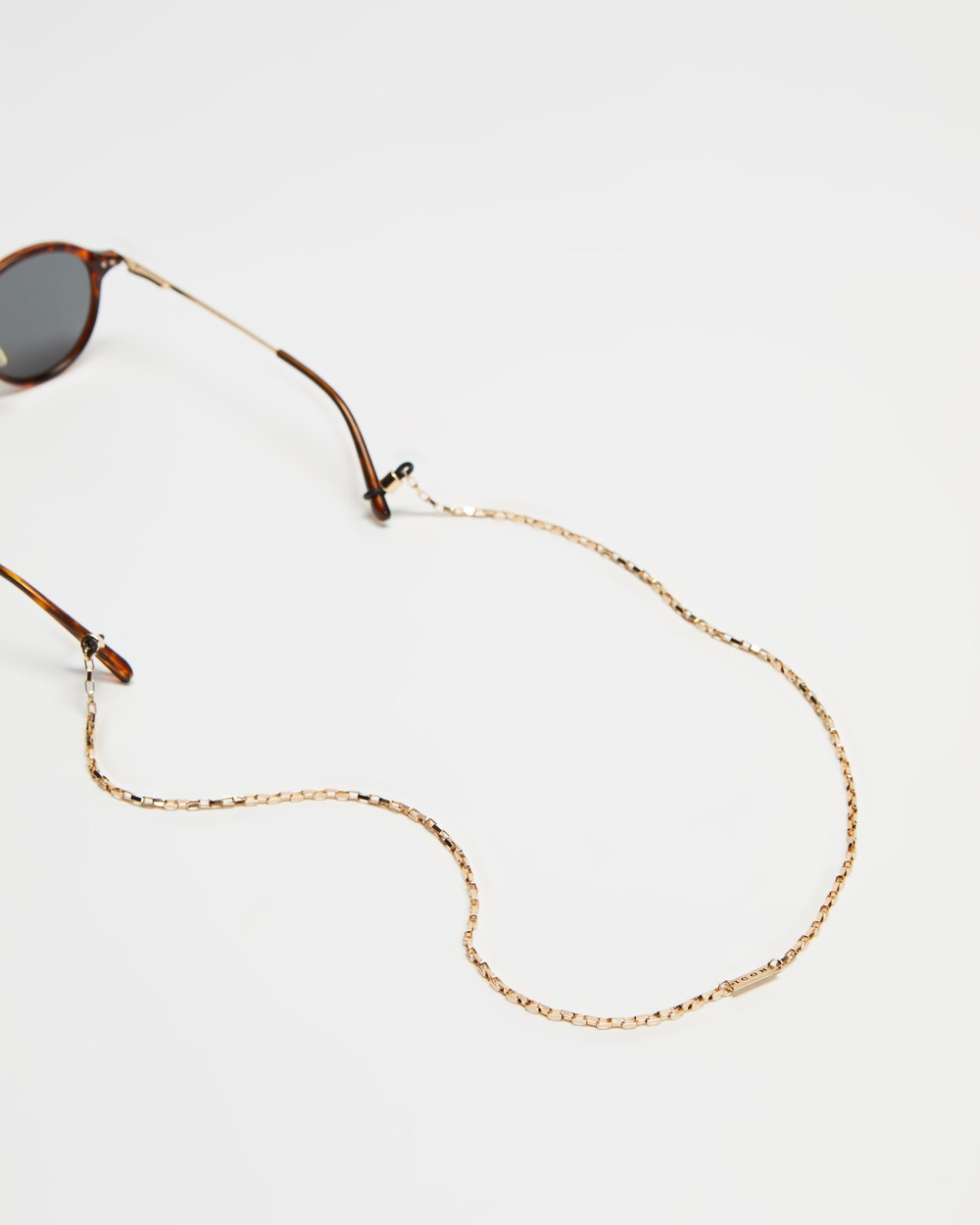 Icon Brand The O Ring Sunglasses Chain Gold