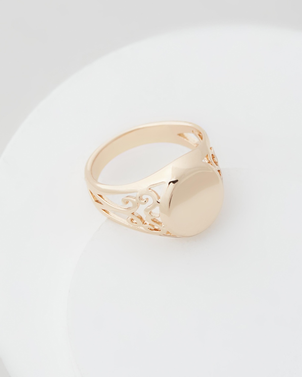 Chained & Able Scroll Mini Signet Jewellery Gold