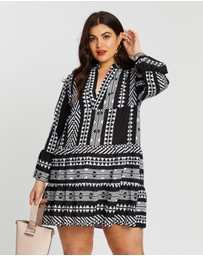 Boohoo - Plus Aztec Smock Dress