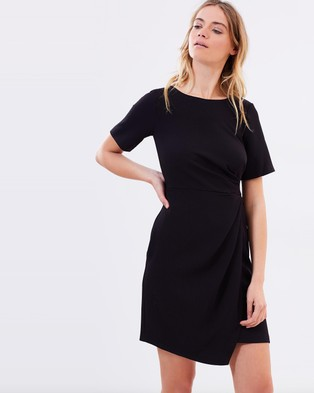 Closet London – Short Sleeve Asymmetric Drape Dress Black