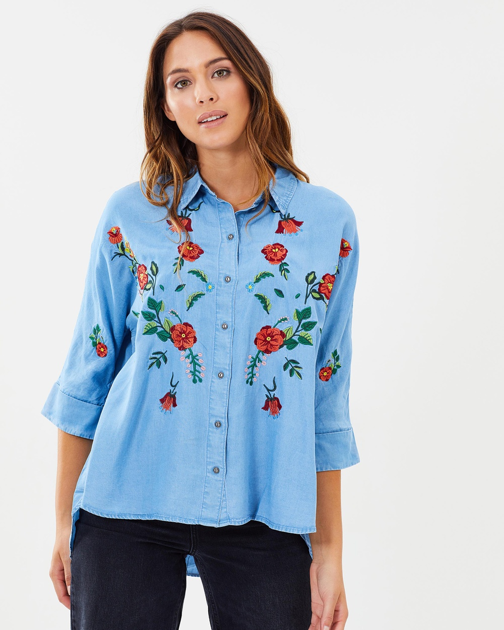 ONLY Grace Oversized Embellished Lyocell Denim Shirt Tops Light Blue Denim Grace Oversized Embellished Lyocell Denim Shirt