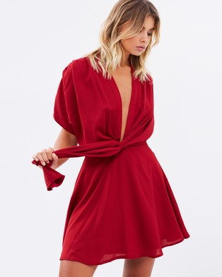 Atmos & Here – Margarita Textured Plunge Mini Dress – Dresses (Red)